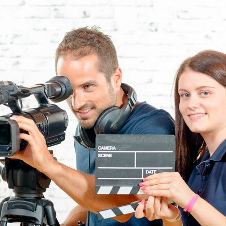 High Technician in Audiovisual Projects and Shows